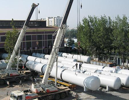 7. Surge Tank is being loading at workshop