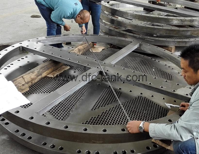 4. ASME 16.47 Flange is being inspect