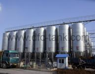 What is the function of an air storage tank?