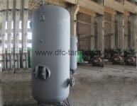 What is the role of air storage tank?